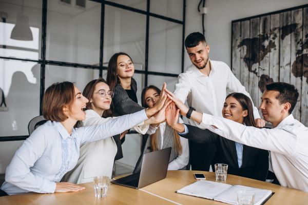 TEMP 2 | Successful Entrepreneur